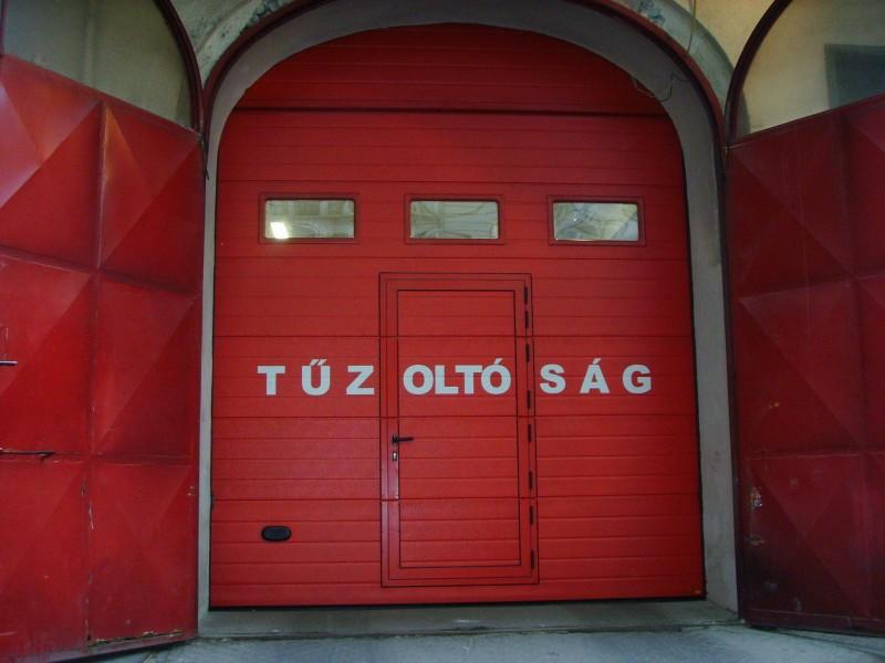 DITEC iparikapu A tűzoltóság is a Kling kapunkat választotta