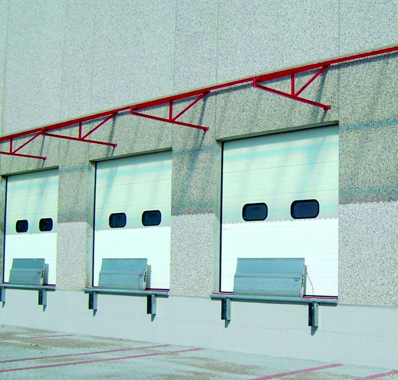 DITEC iparikapu Ipari kapuk letelepítve a raktár megbízható működtetéséhez